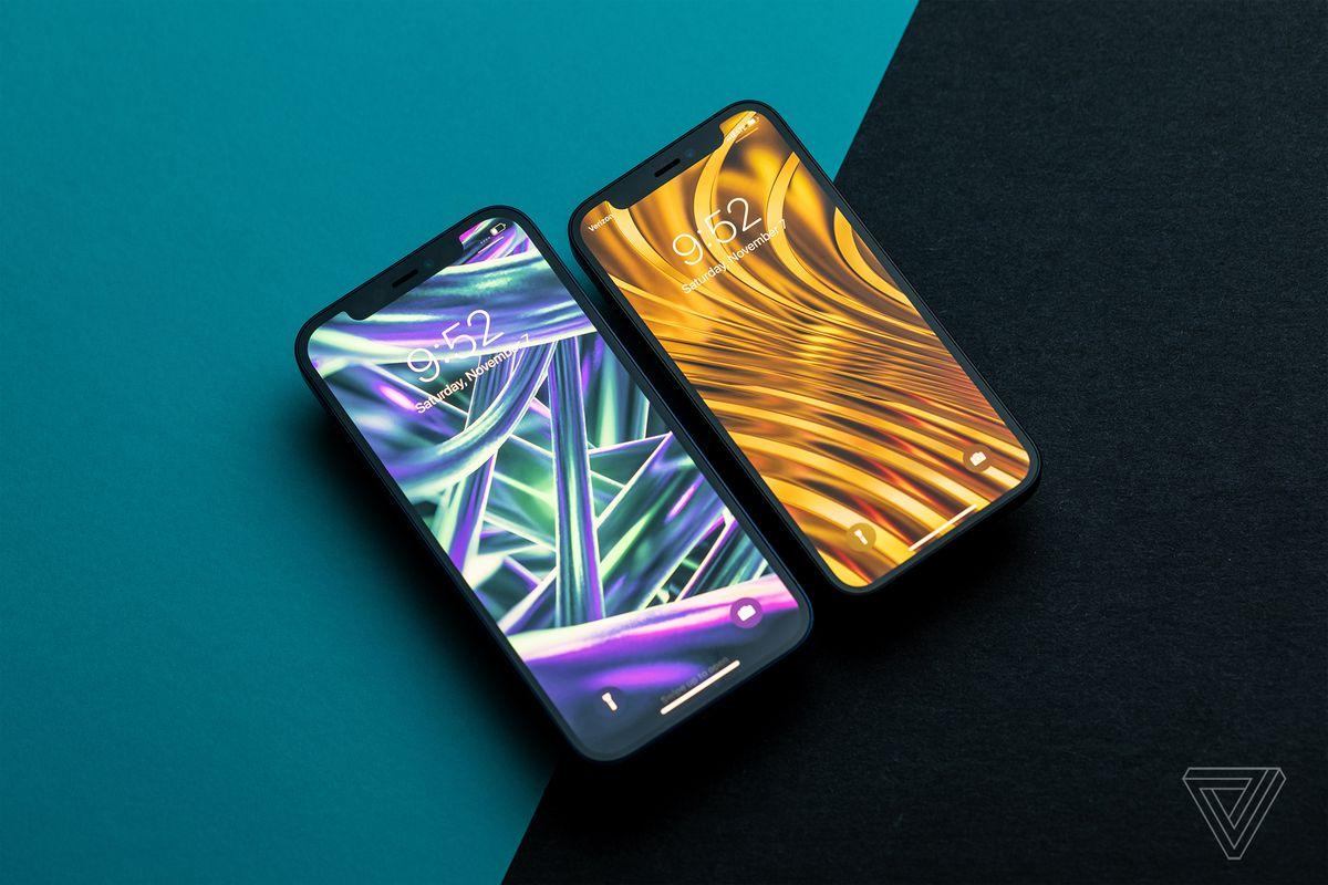 IPhone 12 (stânga) și iPhone 12 mini (dreapta).  Mini pierde doar câteva linii de text în comparație cu ecranul mai mare, dar se simte mai puțin captivant.