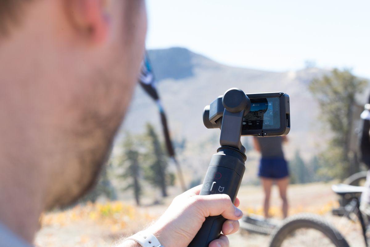GoPro Karma și prindere stabilizatoare în fotografii