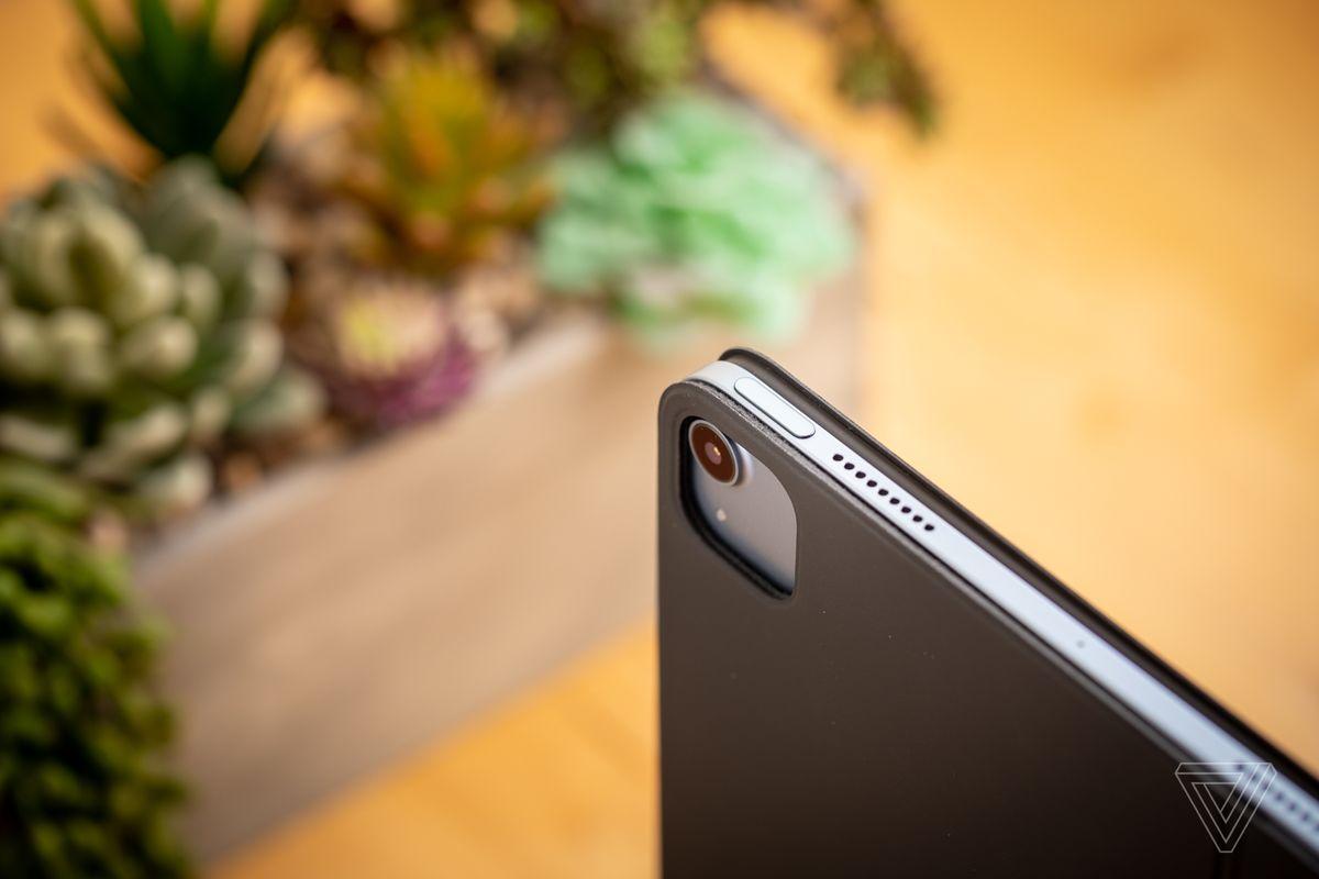 IPad Air funcționează acum cu accesorii iPad Pro de 11 inci.