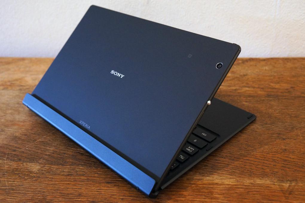 Fotografii pentru tableta Sony Xperia Z4