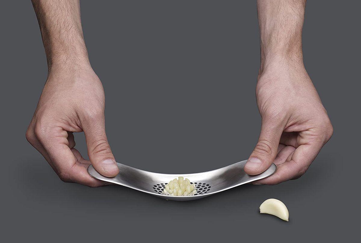 Tăietor de usturoi / tocător / zdrobitor