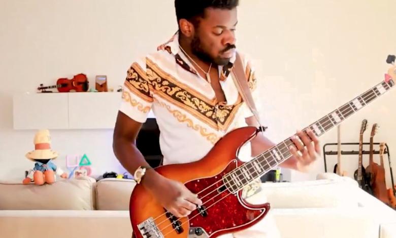Muzicienii fac remixuri funky ale melodiei Wiis Mii Channel si