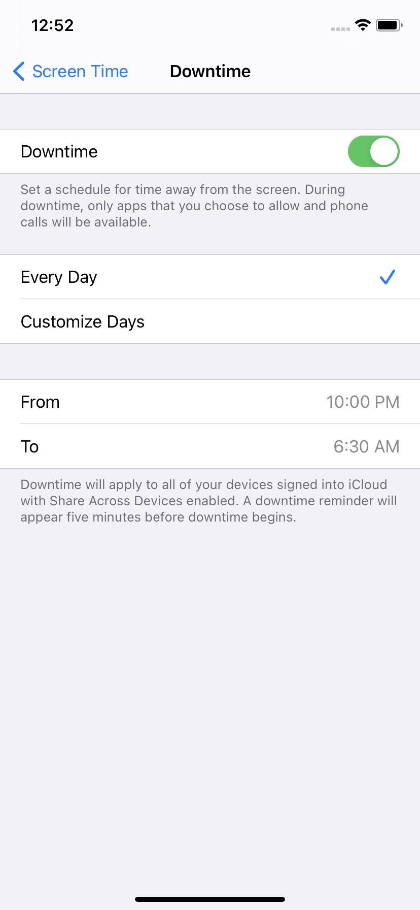 Puteți seta timpul de oprire pentru zilele de zi cu zi sau anumite zile și pentru orele stabilite pentru fiecare zi