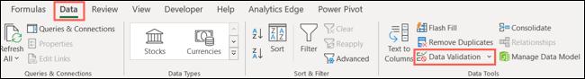 Faceți clic pe Validare date în fila Date din Excel