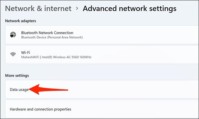 """Selectați """"Utilizarea de date"""" în Setări pe Windows 11."""