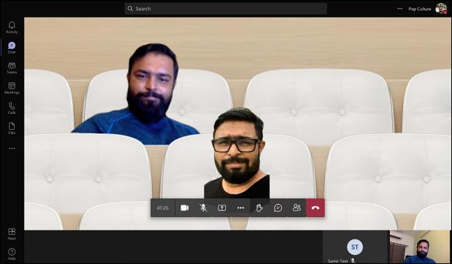 Modul Împreună care arată participanții la apeluri video în configurarea scaunelor virtuale.